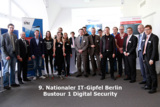 Teilnehmer der Bustour Digital Security des 9. Nationalen IT-Gipfels in Berlin