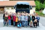 Seltener Gast auf dem Schulhof in Pöhlde: Der Obermann-Lkw. Quelle: Obermann Unternehmensgruppe.