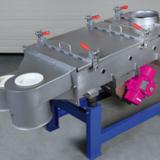 Die Siebmaschine JEL EasyVib ist für die Schutzsiebung /Überkorntrennung von Schüttgütern konzipiert