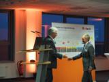 Dr. Christian Hock, Geschäftsführer von in-tech industry und Unternehmensgründer Karl Hans Berner