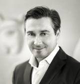 Thomas-Peter Fischer, Geschäftsführer von jumptomorrow