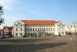 Im Rathaus der Hansestadt Wismar wird die Arbeitszeit künftig mit einem primion-System erfasst.