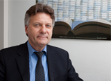 Schulleiter Rolf Frömbgen lädt zu Infoveranstaltungen an die RAK ein