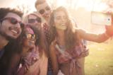 Mach ein Selfie auf Reisen - ein Travel-Selfie