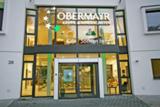 Dreidimensionales Leucht-Logo mit prägenden 4 Sternen der Kindertagesstätte in Wiesbaden-Sonnenberg