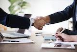 mdk und aconno gehen strategische Partnerschaft ein