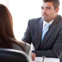 Gute Verkaufsgespräche führen mit Fragen